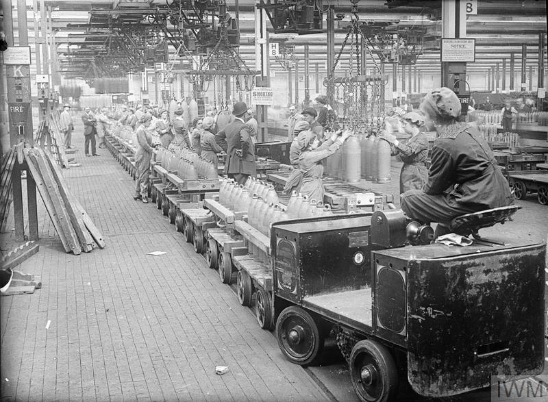 Munitions work during the First World War - women at the National Filling Factory in Chilwell, August 1917
