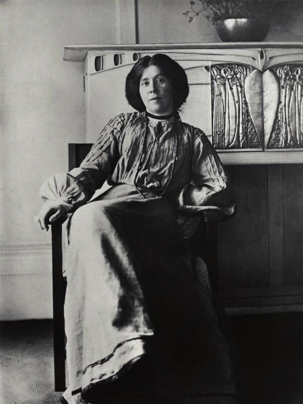 Margaret Macdonald Mackintosh by James Craig Annan, c.1901