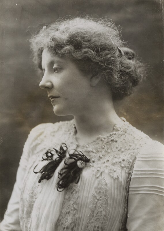 Lena Ashwell (1900) by Bassano;  National Portrait Gallery collection